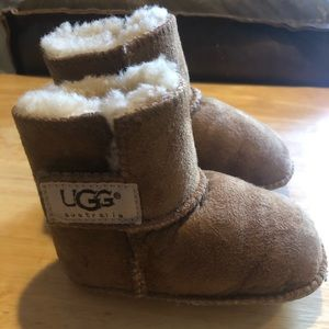 Baby UGGS!